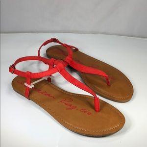 [177] American Rag 7.5 W  T-Strap Flat Sandals